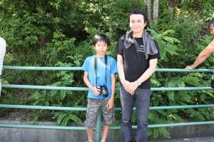 NSXの写真を撮りまくってた少年