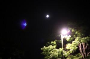 月がキレイとかロマンチスト