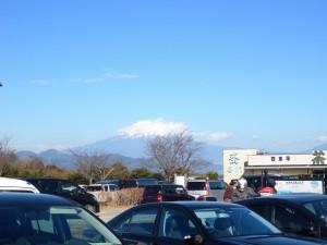 おー富士山結構キレイに見えてるではないですか